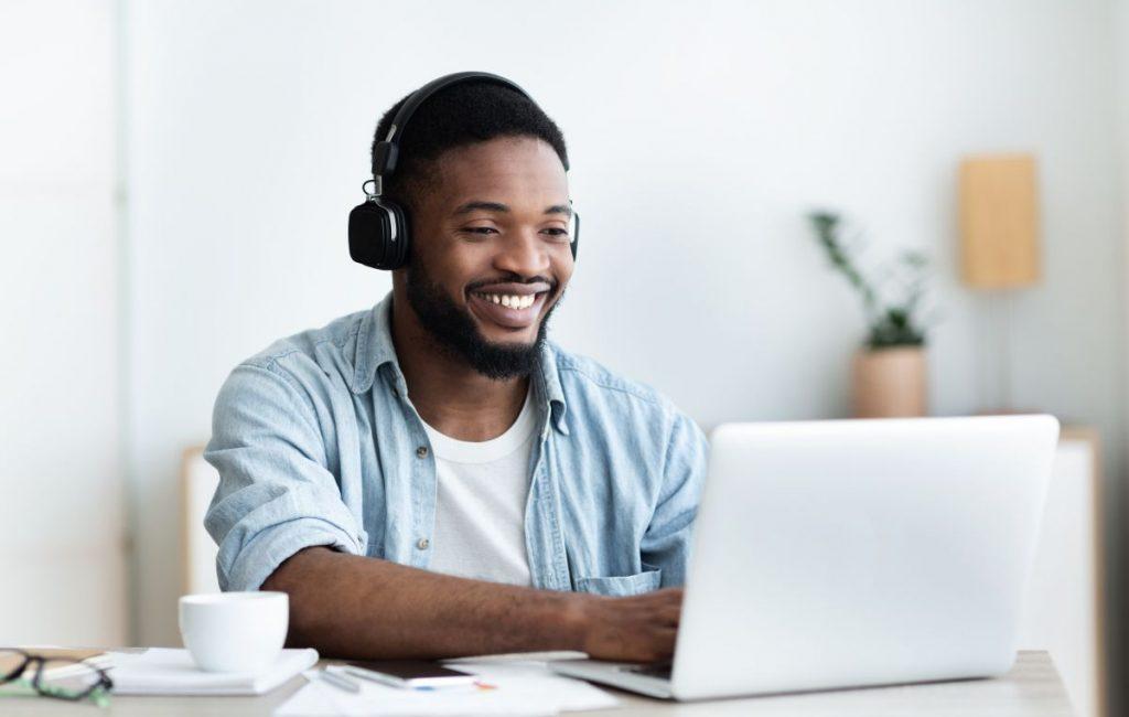 W co pogramy sobie na komputerze w pracy?